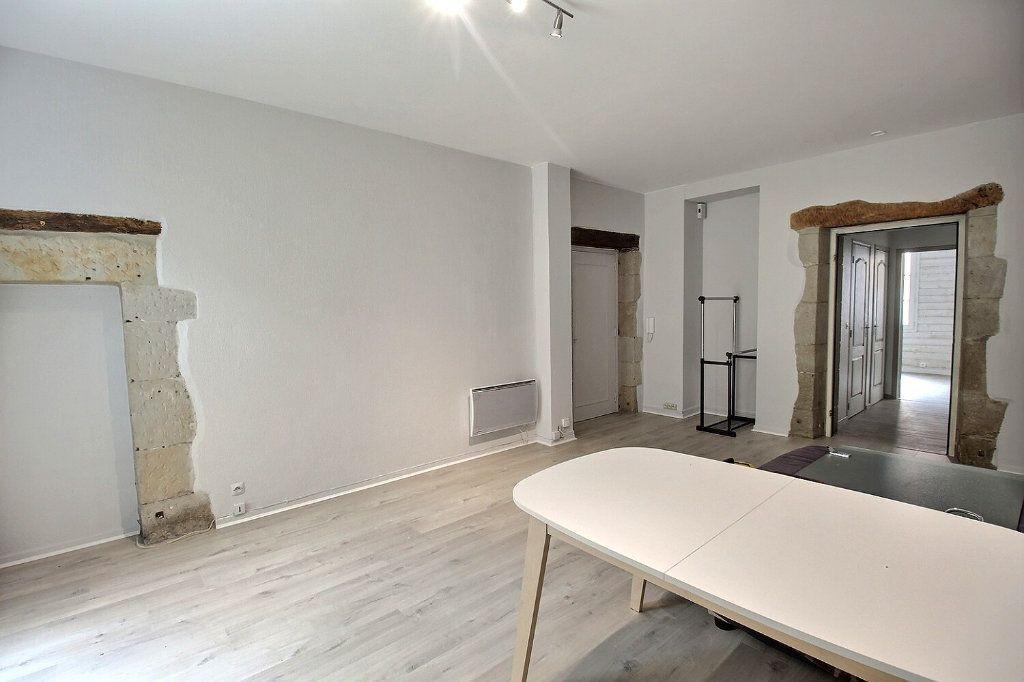 Appartement à louer 3 82m2 à Castres vignette-4