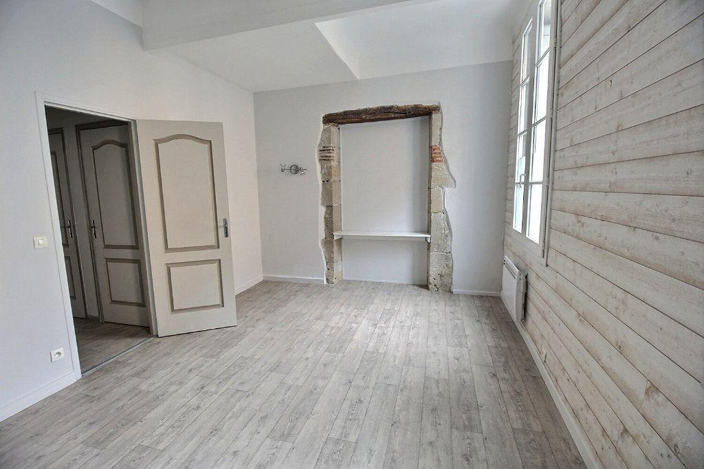Appartement à louer 3 82m2 à Castres vignette-7