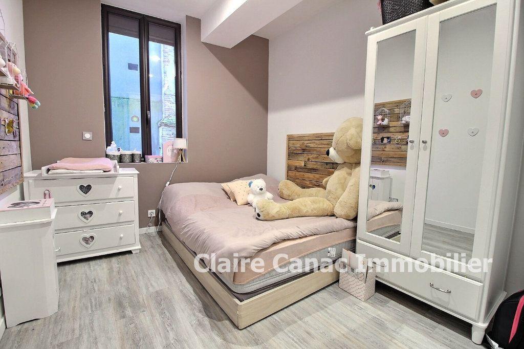 Appartement à vendre 4 87m2 à Montaigut-sur-Save vignette-2