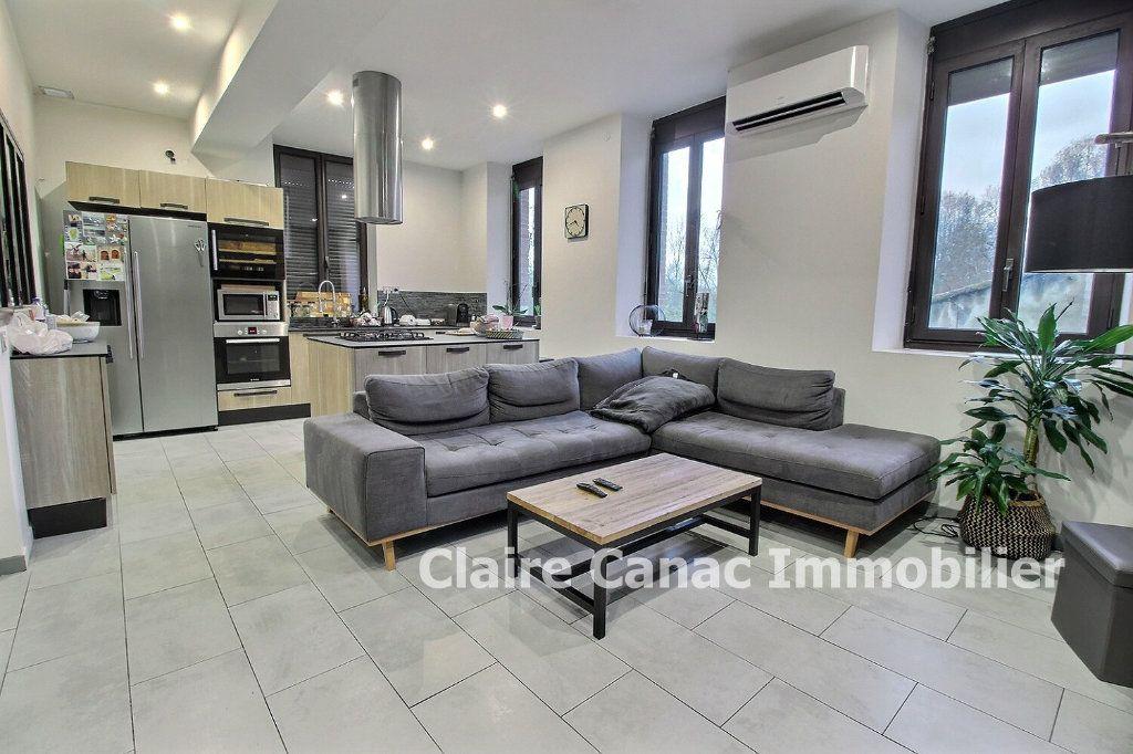 Appartement à vendre 4 87m2 à Montaigut-sur-Save vignette-5