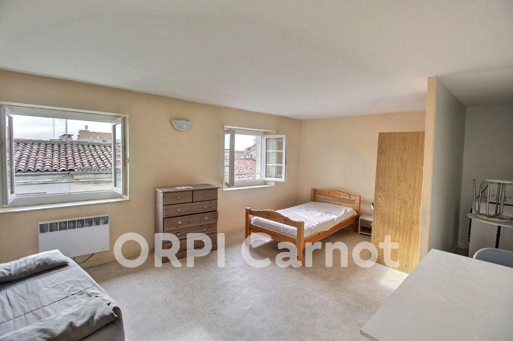 Appartement à louer 1 25m2 à Castres vignette-2