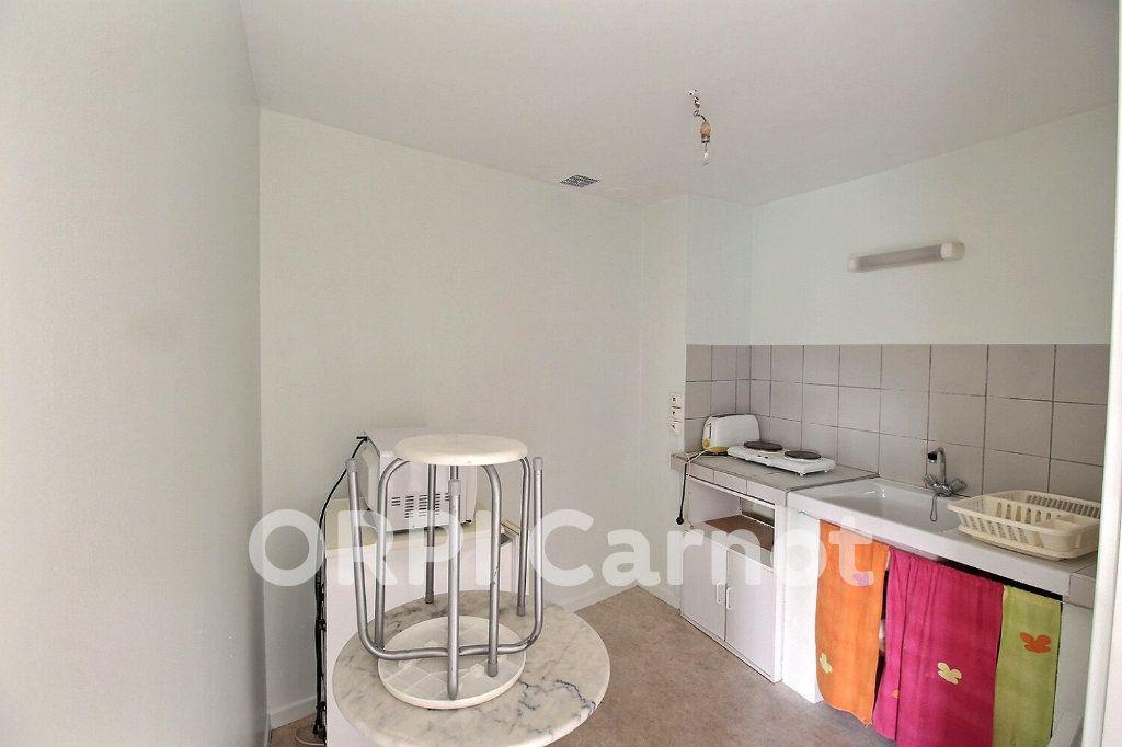 Appartement à louer 1 25m2 à Castres vignette-4