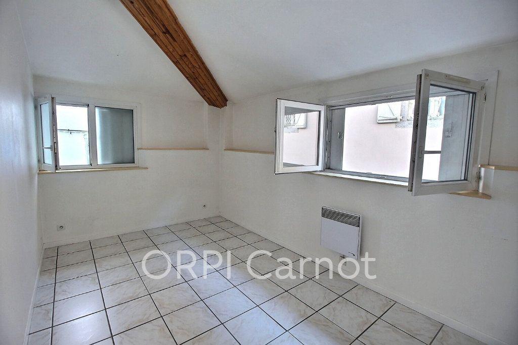 Appartement à louer 3 65m2 à Castres vignette-5