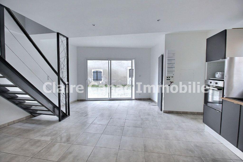 Maison à louer 4 74m2 à Labruguière vignette-4