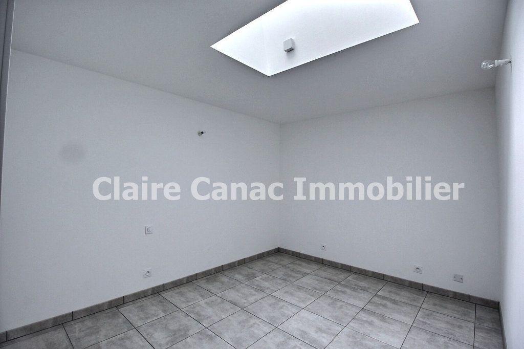 Maison à louer 4 74m2 à Labruguière vignette-11