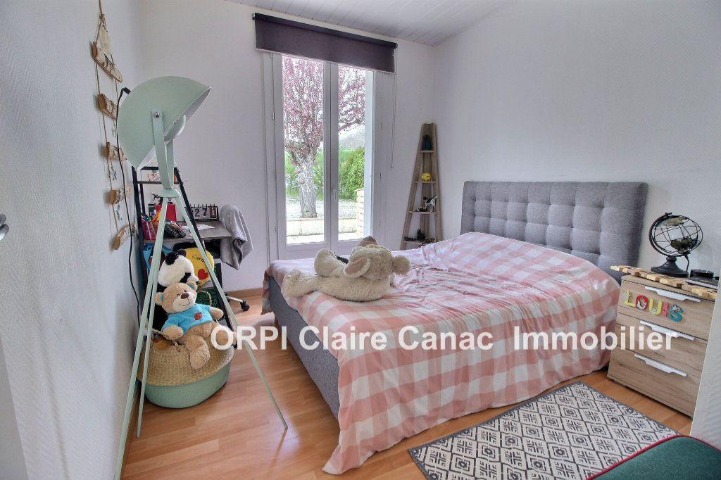 Maison à vendre 5 114m2 à Saint-Paul-Cap-de-Joux vignette-7