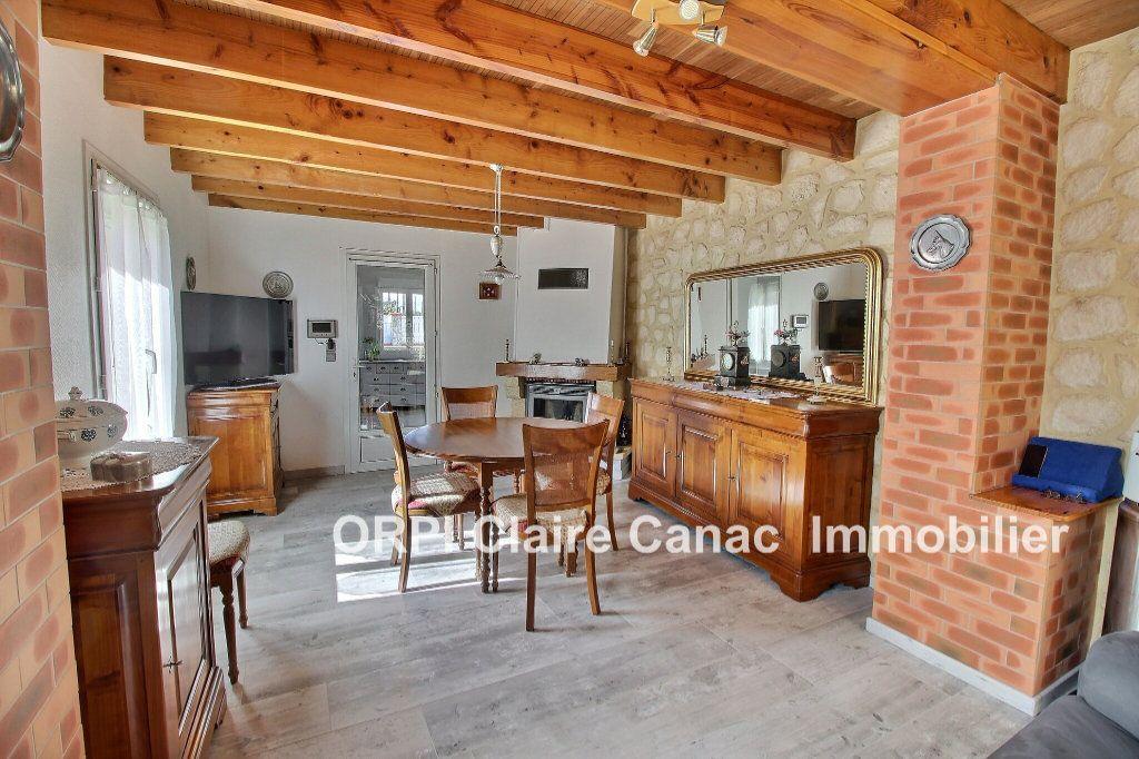 Maison à vendre 6 112m2 à Saint-Sulpice-la-Pointe vignette-1