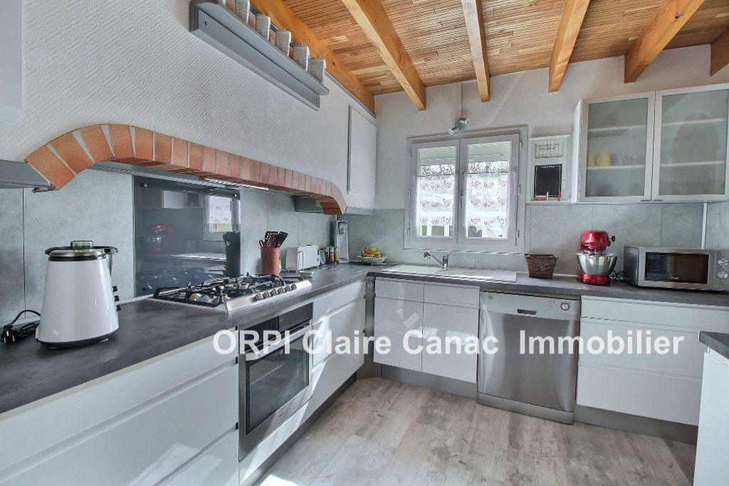 Maison à vendre 6 112m2 à Saint-Sulpice-la-Pointe vignette-2