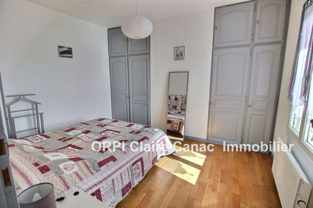 Maison à vendre 6 112m2 à Saint-Sulpice-la-Pointe vignette-3