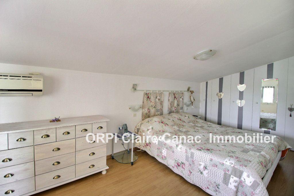 Maison à vendre 6 112m2 à Saint-Sulpice-la-Pointe vignette-5