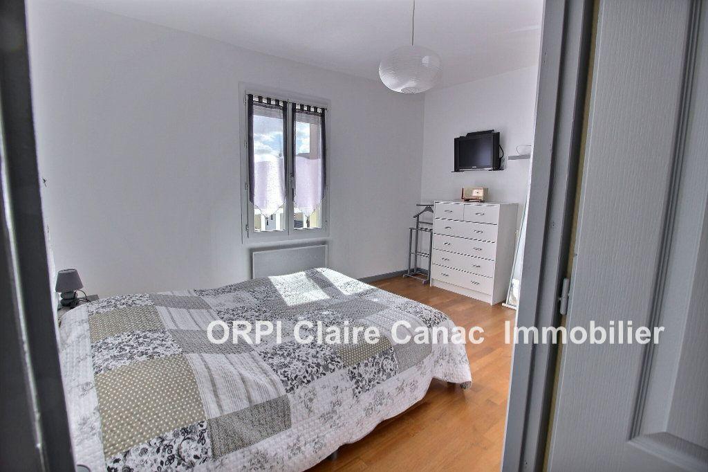 Maison à vendre 6 112m2 à Saint-Sulpice-la-Pointe vignette-6