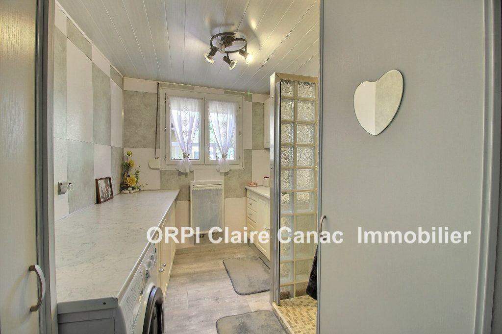 Maison à vendre 6 112m2 à Saint-Sulpice-la-Pointe vignette-9