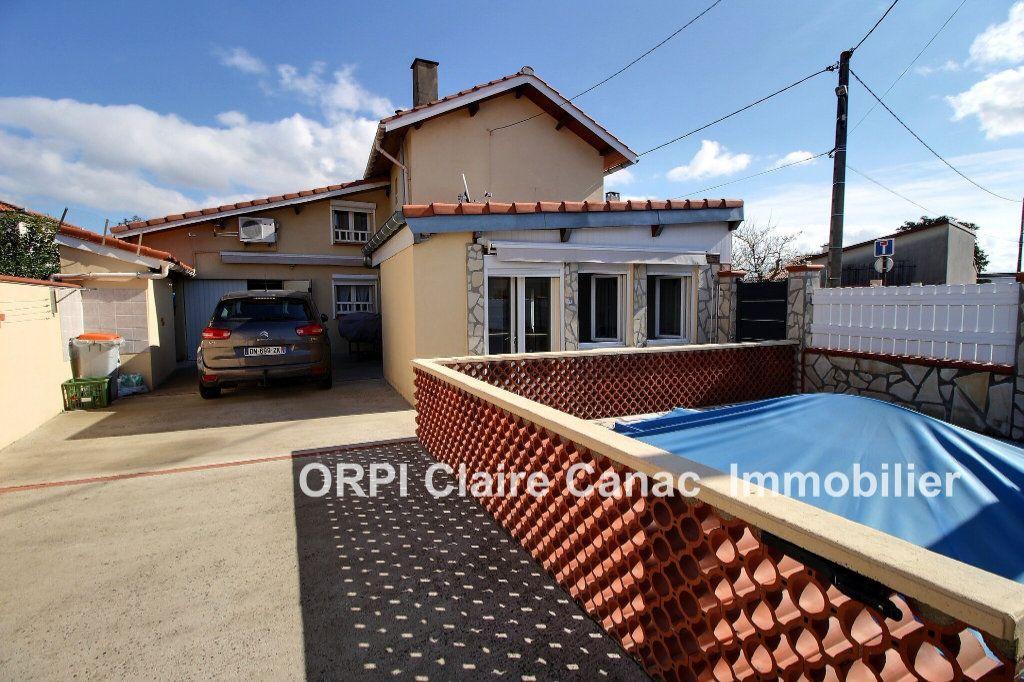 Maison à vendre 6 112m2 à Saint-Sulpice-la-Pointe vignette-11