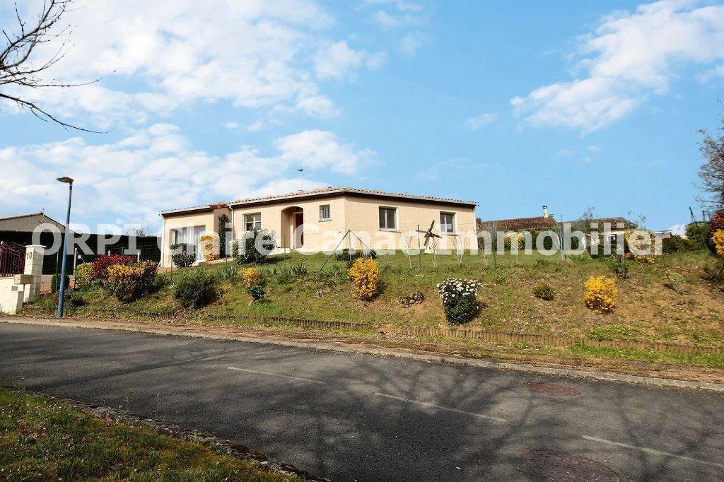 Maison à vendre 4 112.71m2 à Saint-Paul-Cap-de-Joux vignette-1