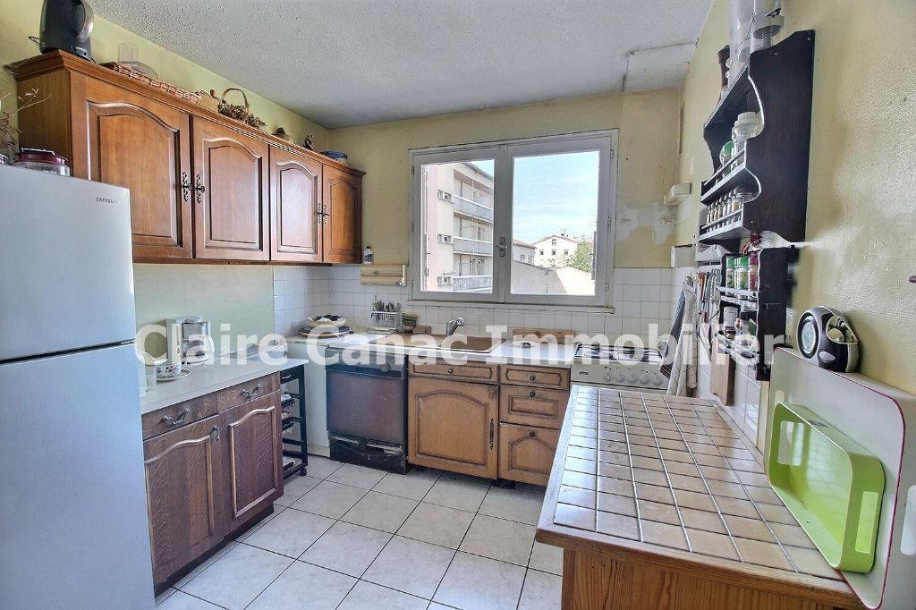 Appartement à vendre 3 63m2 à Castres vignette-5