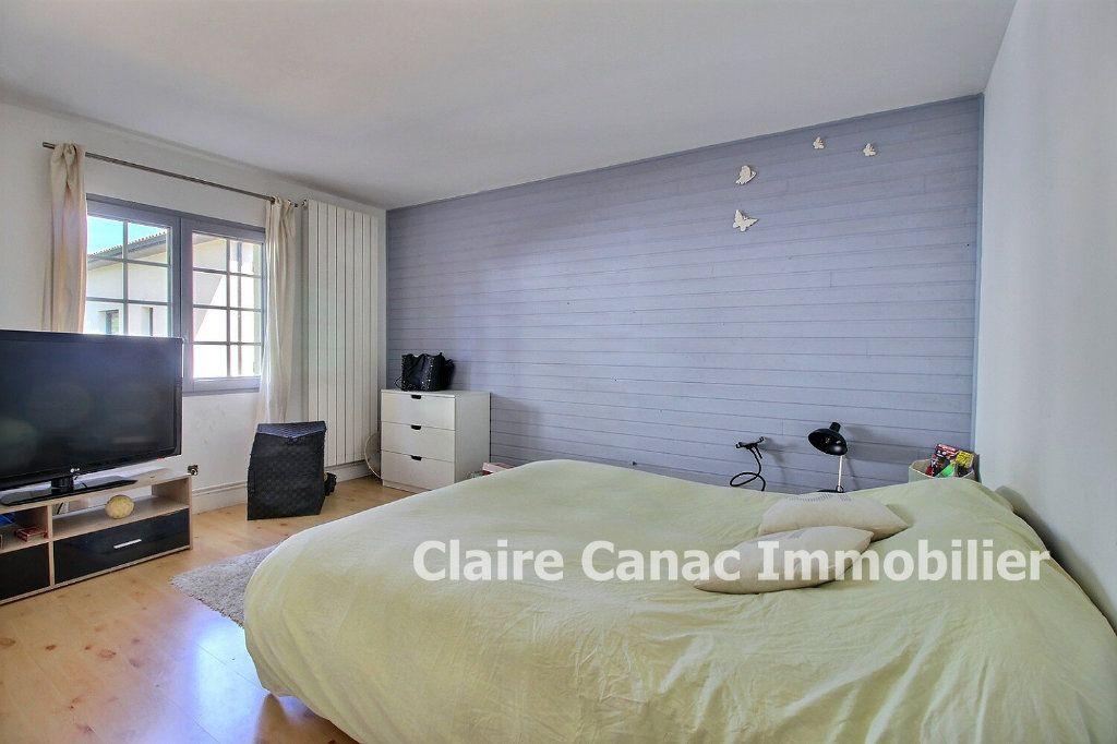 Maison à louer 3 75m2 à Lavaur vignette-6