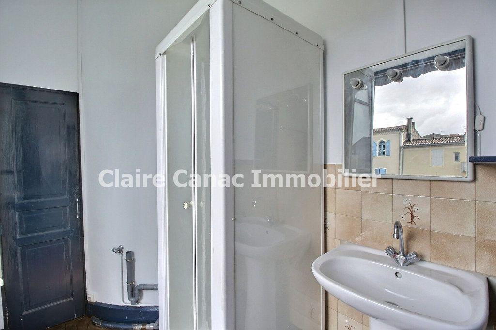 Appartement à louer 4 132.21m2 à Castres vignette-6