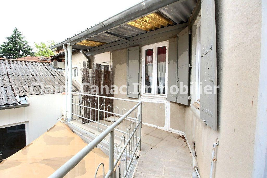 Appartement à louer 3 56.29m2 à Castres vignette-8