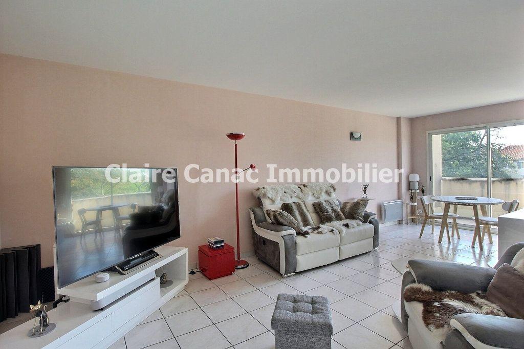 Appartement à louer 3 80m2 à Castres vignette-1