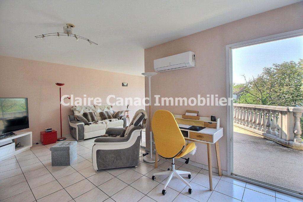 Appartement à louer 3 80m2 à Castres vignette-2
