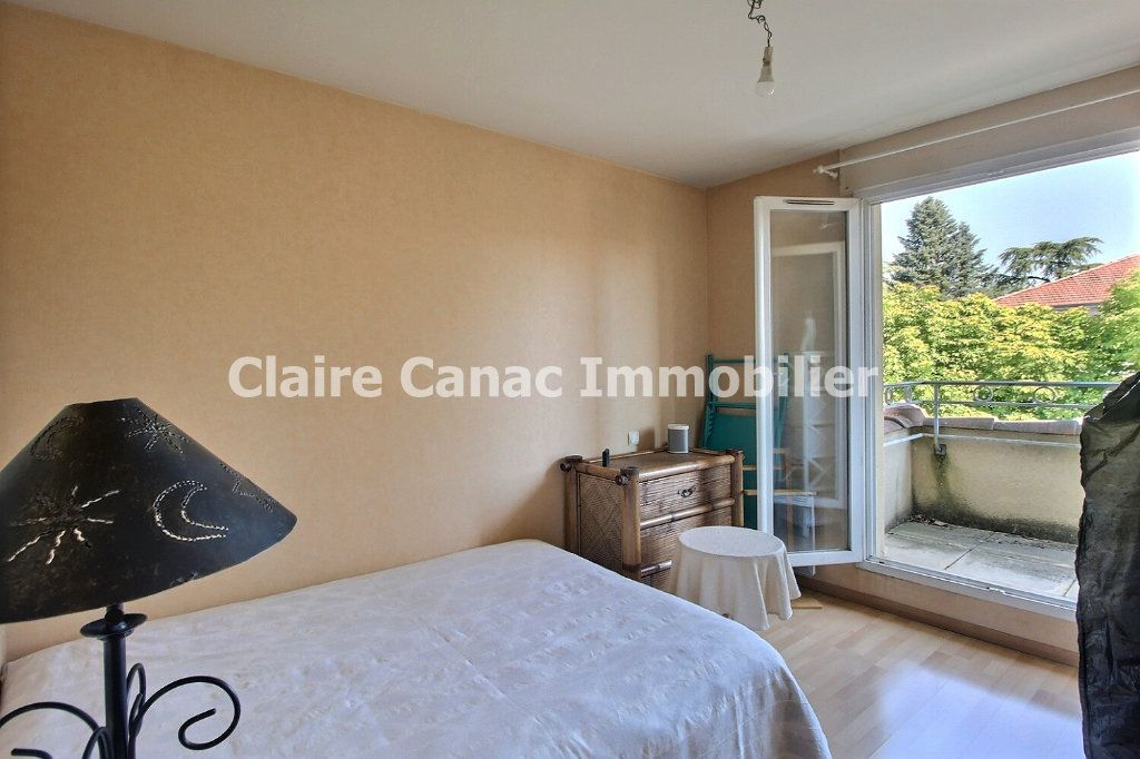 Appartement à louer 3 80m2 à Castres vignette-4