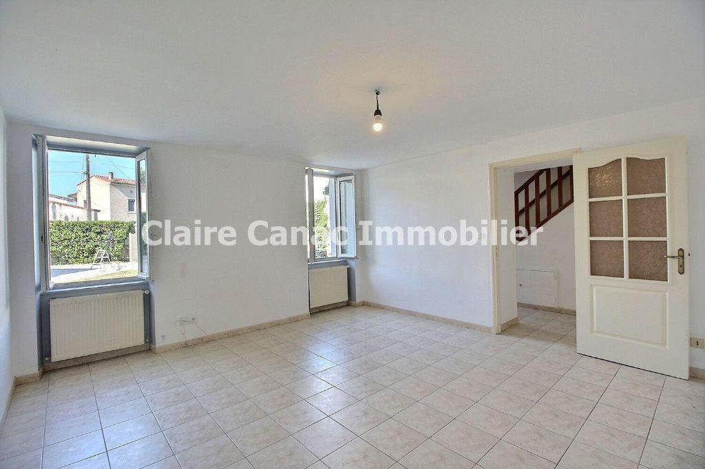 Maison à louer 4 106.63m2 à Lagarrigue vignette-3