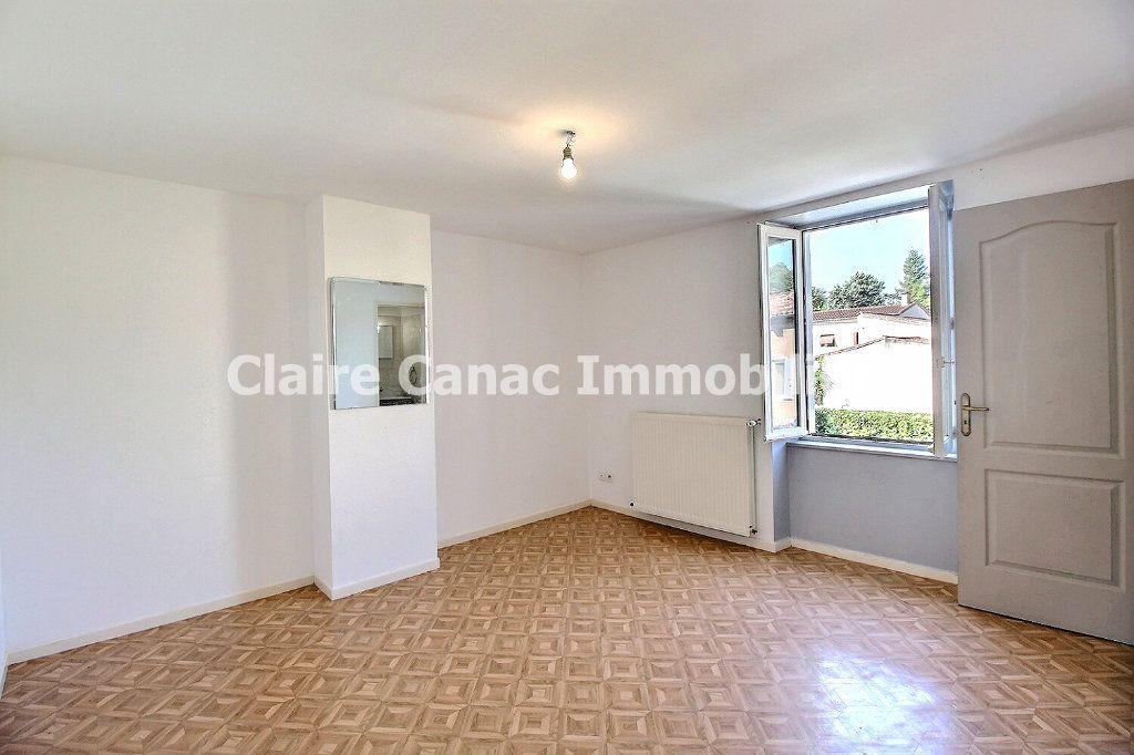 Maison à louer 4 106.63m2 à Lagarrigue vignette-4