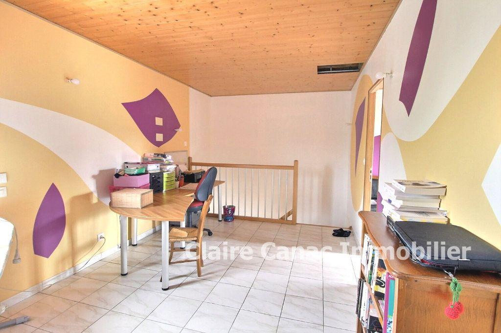 Maison à vendre 5 117m2 à Damiatte vignette-8
