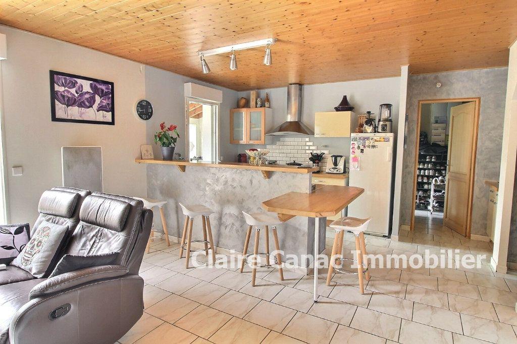 Maison à vendre 5 117m2 à Damiatte vignette-10