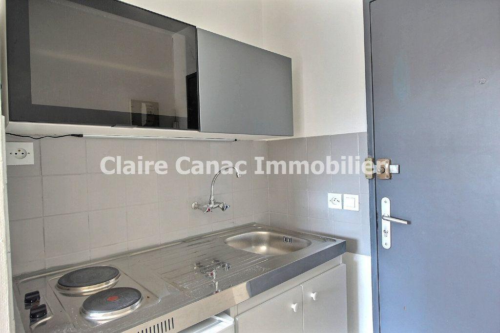 Appartement à louer 1 18.64m2 à Castres vignette-2