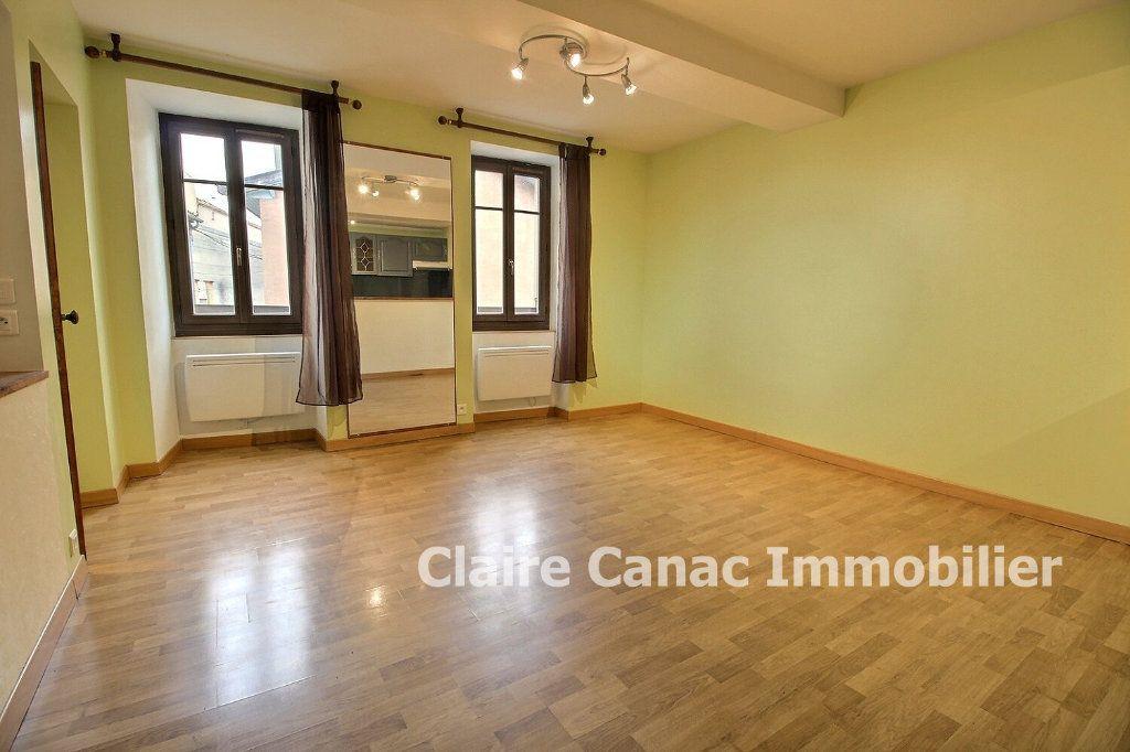 Appartement à louer 3 50m2 à Graulhet vignette-3