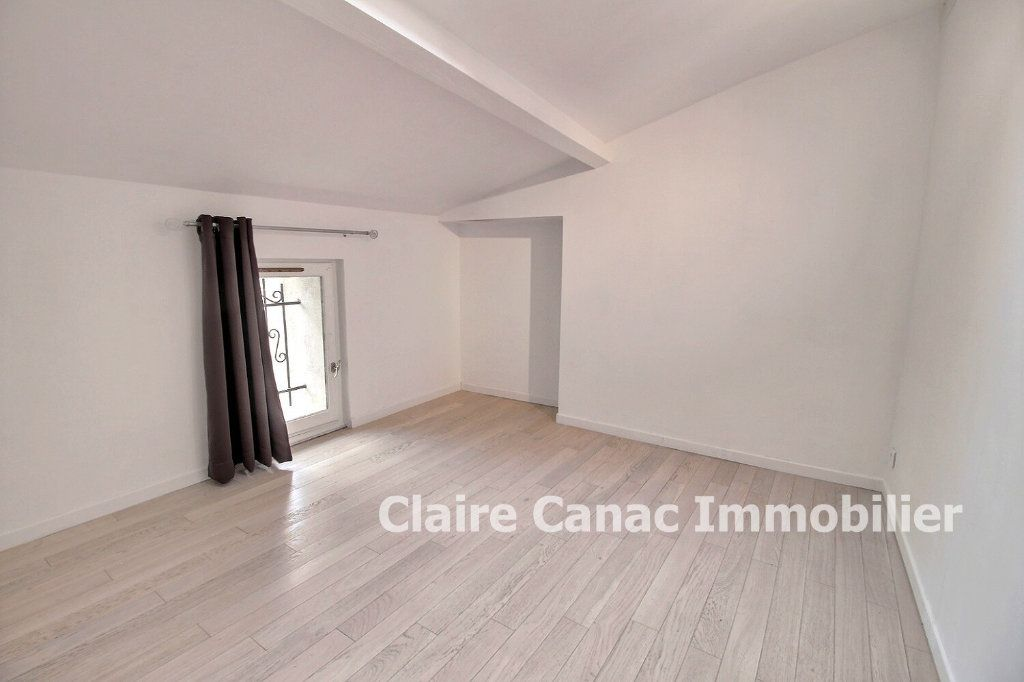Appartement à louer 3 50m2 à Graulhet vignette-4