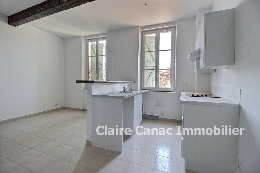 Appartement à louer 1 40m2 à Lavaur vignette-2