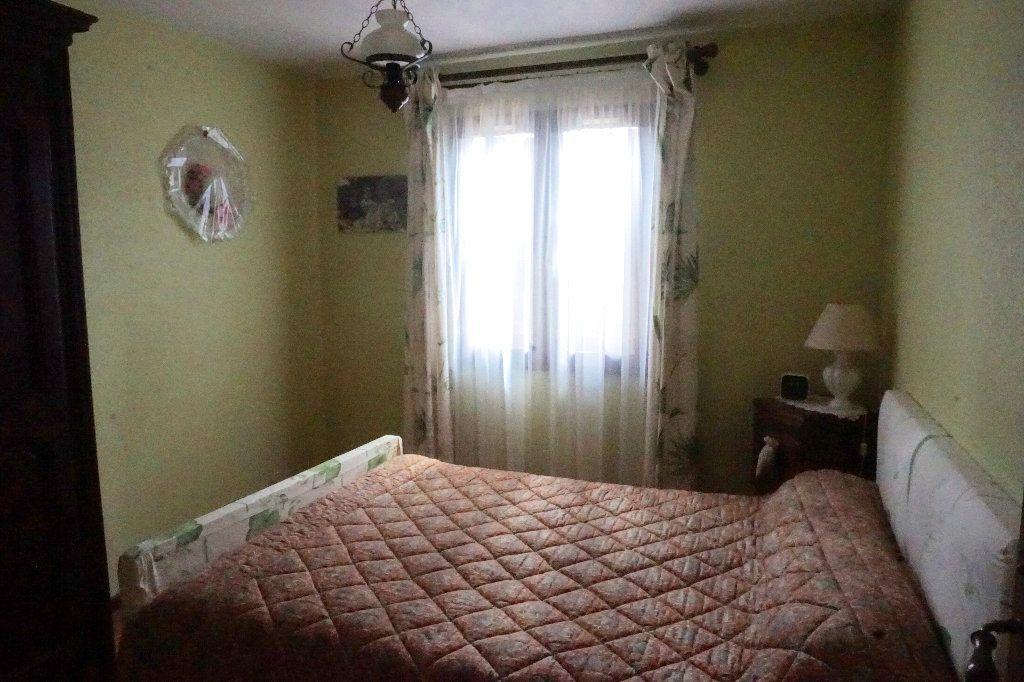 Maison à vendre 6 90m2 à Gournay-en-Bray vignette-5
