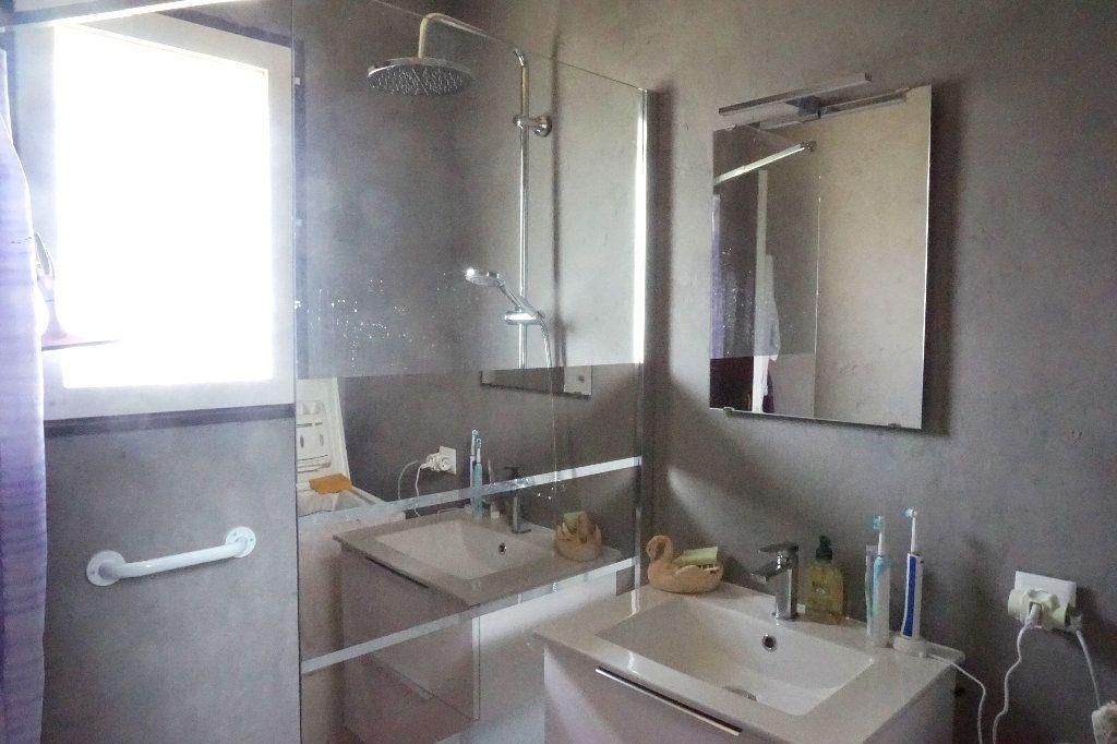 Maison à vendre 6 90m2 à Gournay-en-Bray vignette-6