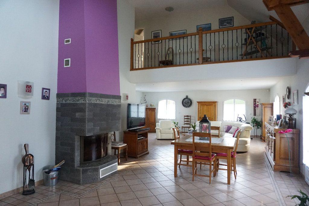 Maison à vendre 6 242.85m2 à Gournay-en-Bray vignette-3