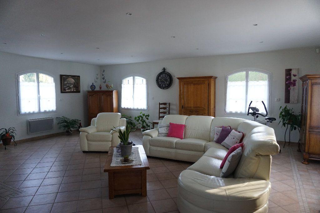 Maison à vendre 6 242.85m2 à Gournay-en-Bray vignette-4