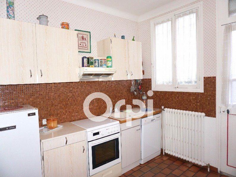 Maison à vendre 5 96m2 à Gournay-en-Bray vignette-5