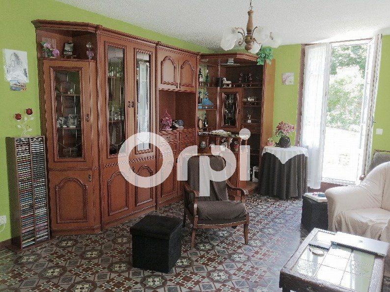 Maison à vendre 8 142.54m2 à Songeons vignette-5