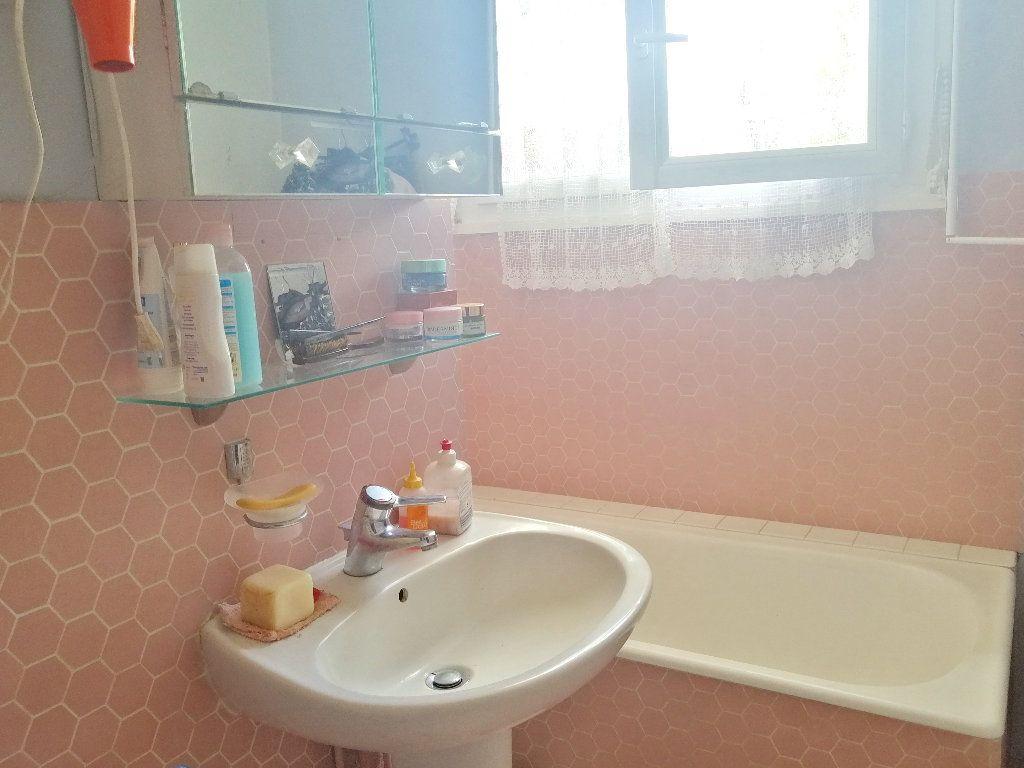 Maison à vendre 4 59.96m2 à Gournay-en-Bray vignette-9