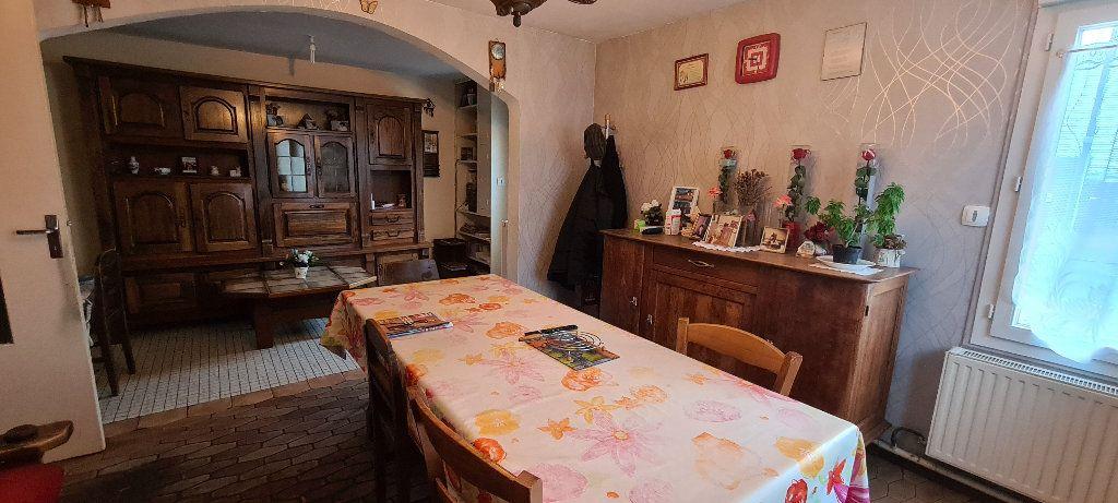 Maison à vendre 4 90m2 à Sainte-Geneviève vignette-3