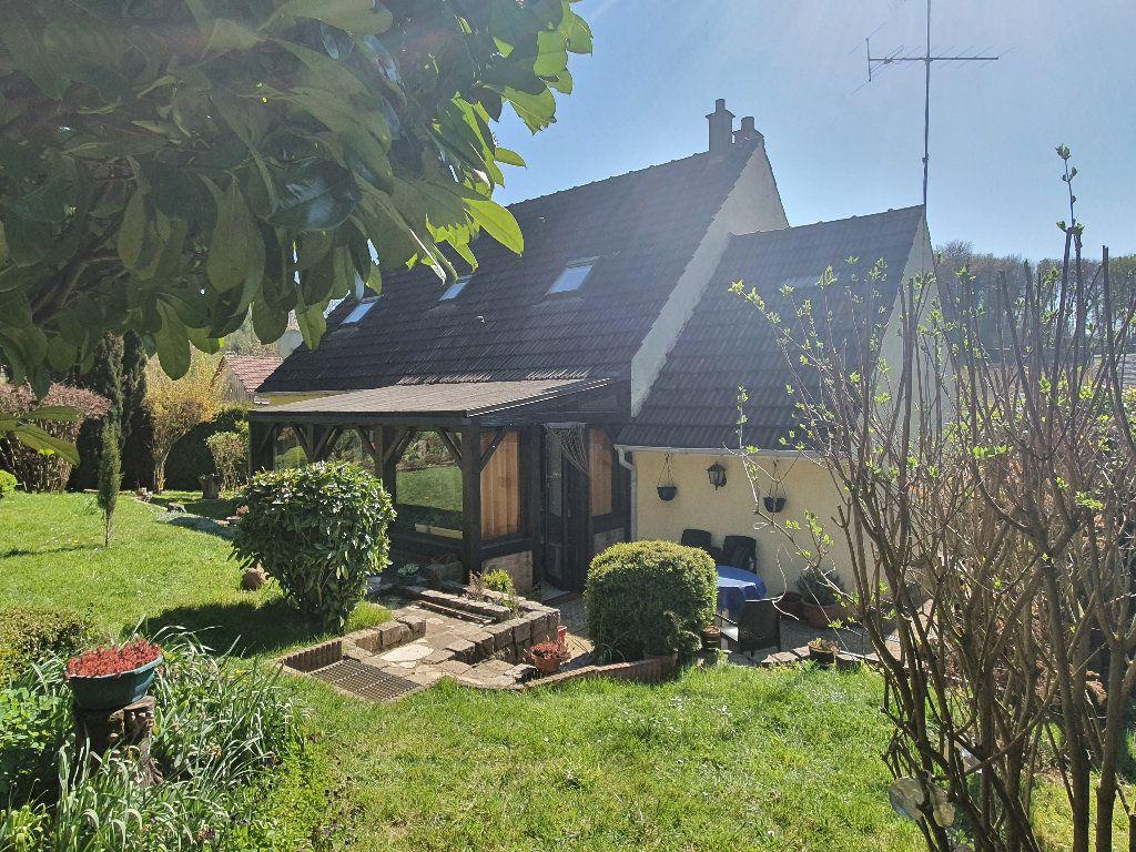 Maison à vendre 6 103m2 à Chaumont-en-Vexin vignette-1