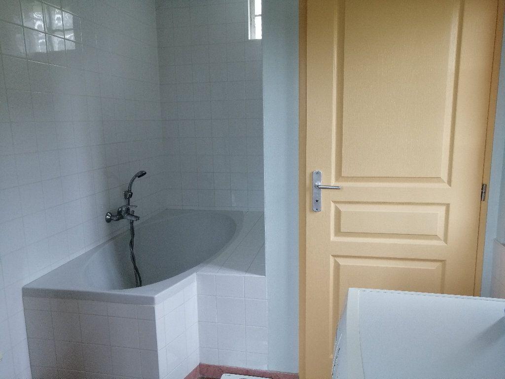 Maison à vendre 4 59m2 à Gournay-en-Bray vignette-6