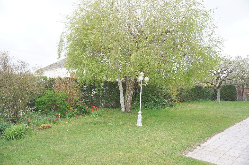 Maison à vendre 5 100m2 à Gournay-en-Bray vignette-11