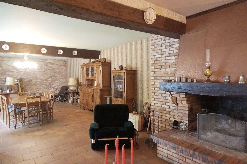 Maison à vendre 7 171m2 à Forges-les-Eaux vignette-2