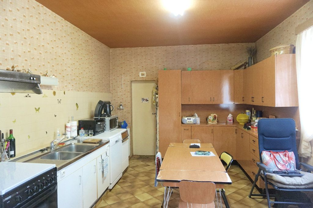 Maison à vendre 7 171m2 à Forges-les-Eaux vignette-5