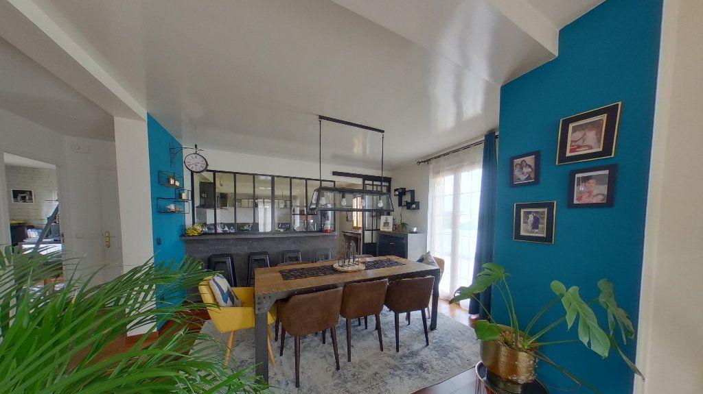 Maison à vendre 7 175.97m2 à Gisors vignette-3