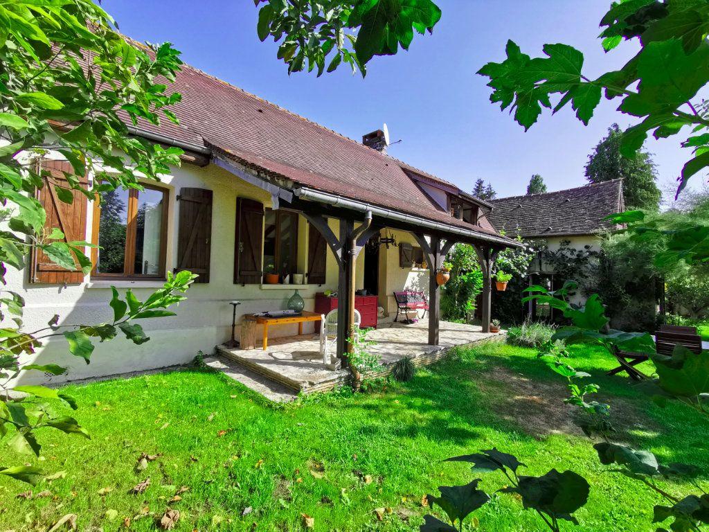 Maison à vendre 7 142m2 à Gisors vignette-3