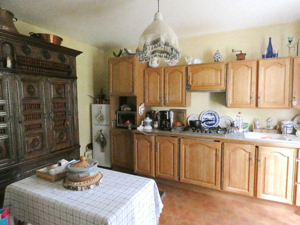 Maison à vendre 5 100m2 à Lyons-la-Forêt vignette-4