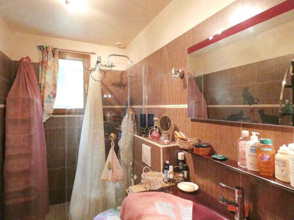 Maison à vendre 5 100m2 à Lyons-la-Forêt vignette-6